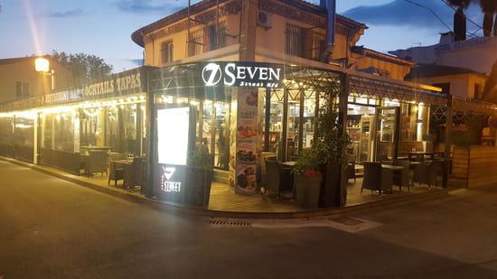 Restaurant : Seven Street Kfé  - visuel exterieur seven street kfé -   © photo seven street kfe