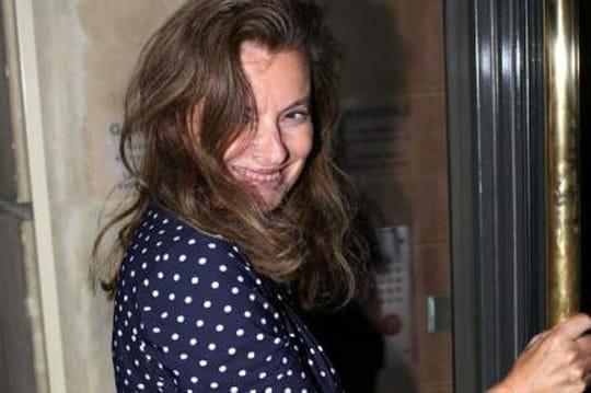 Valérie Trierweiler: dispute, bagarre, insultes... Elle répond surTwitter [PHOTO]