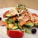 Plat : Le Saint Maurice  - Pavé de saumon rôti froid, crudité des légumes,vinaigrette citronnée...idéal pour l été..!!! -