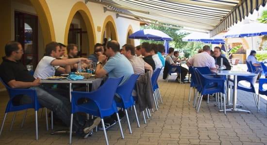 Hôtel***Restaurant-Séminaires Solenca  - Terrasse couverte du Restaurant Solenca à Nogaro dans le Gers -   © Solenca