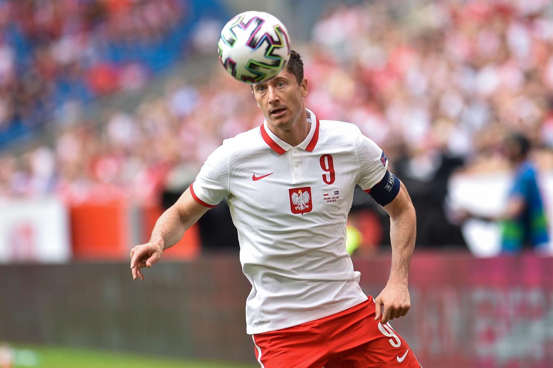 Robert Lewandowski: âge, stats, salaire... Tout sur le buteur de la Pologne