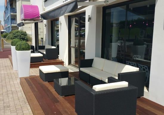 Le restaurant du Casino  - Salon extérieur -   © laurent.bourgoin@groupecogit.com