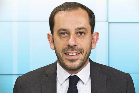 """Carlos Da Silva (PS) : Juppé est triplement """"irresponsable"""" sur la Grèce"""