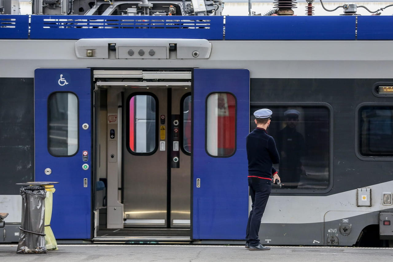 Grève SNCF et RATP: métros, RER, les perturbations de trafic du 24janvier en direct