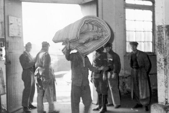 1943, les camps de travail dans Paris