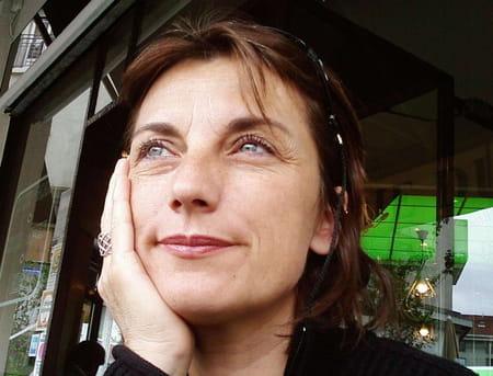 Isabelle Adams