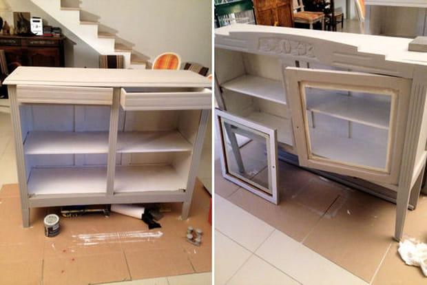 Pose d 39 une premi re couche de peinture for Peinture sans sous couche pour meuble