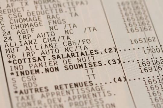 """Hausse de la CSG: Macron reconnaît avoir """"demandé un effort"""""""