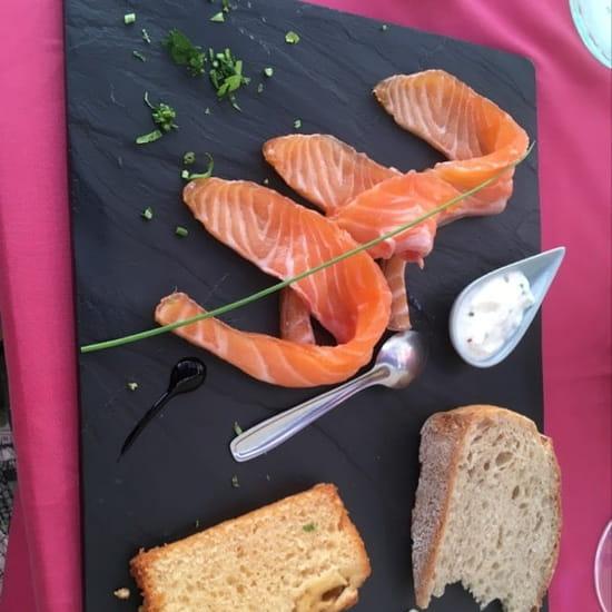 Entrée : L'Oleiade  - Tartare de saumon -