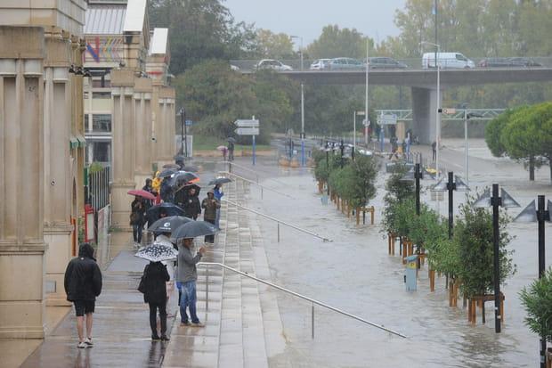 Voies de circulation inondées