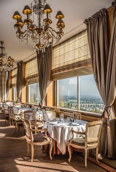 Pavillon Henri IV  - Restaurant panoramique -   © Bruno Cohen
