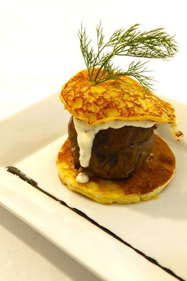 L'Atelier d'Avron  - Hamburger d'onglet à la crème d'échalotes, binis de pomme de terre -