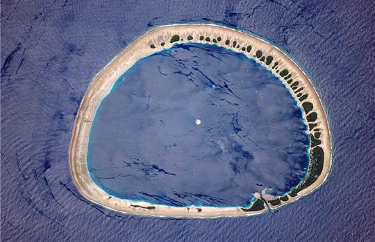Un anneau dans le Pacifique