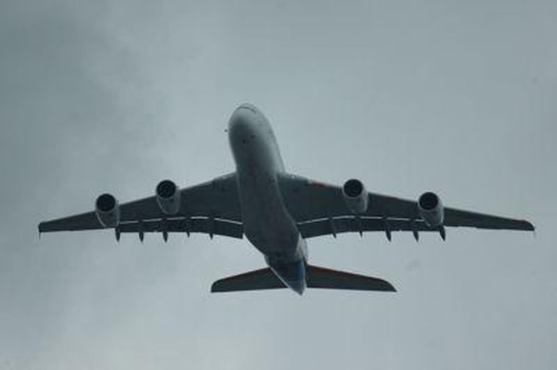 """A380: des passagers d'un vol Sydney-Dubaï ont vu """"des flammes"""" sortir dumoteur"""
