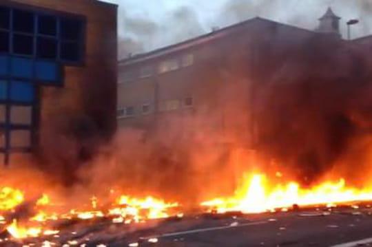 Londres: première vidéo du crash d'hélicoptère