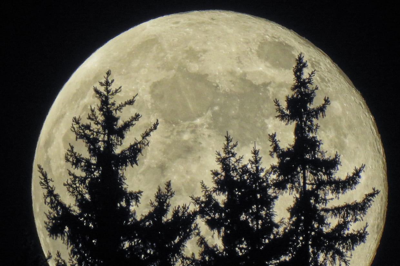 Super Lune 2021 : la prochaine aura lieu mardi 27 avril