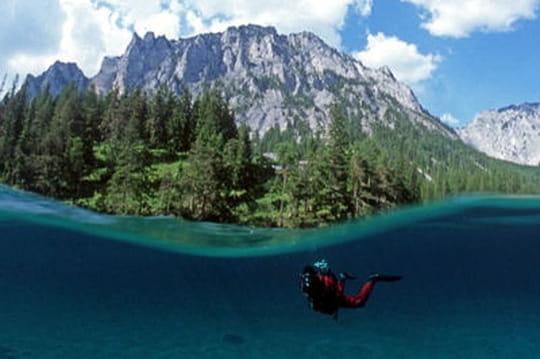 Un parc inondé en Autriche à visiter en plongée