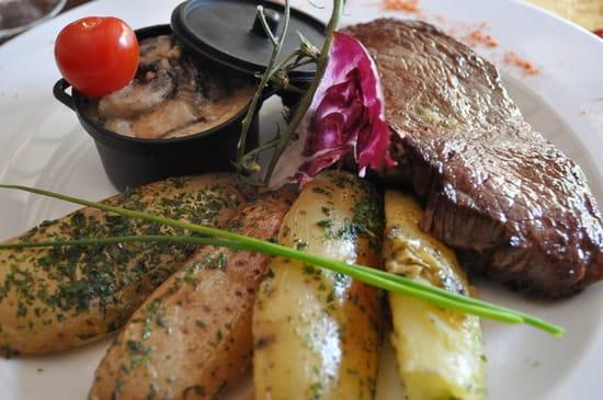 L'Expression Provençale  - très bonne viande de charolais et bientôt l'Aubrac -   © henri capela