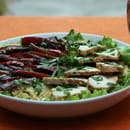 , Plat : Au fil de saisons  - Salade de poulet aux légumes façon wok -   © Zdebski