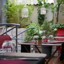 Restaurant : La Poule Noire  - terrasse intérieure -   © FannyDamien