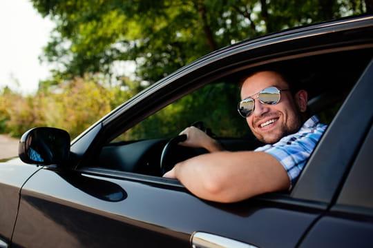 Chauffeur VTC: quel diplôme, permis, règles?