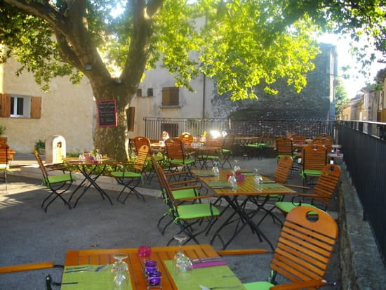 Restaurant la Cigale  - la terrasse -   © jolivet