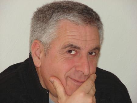 Bernard Simo