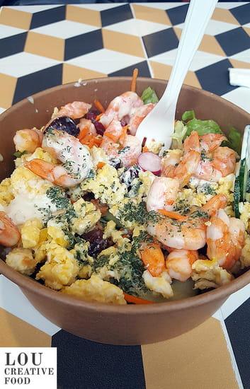 Plat : Lou Creative Food  - Des bowls généreux à base de produits frais et vinaigrettes maison -   © Lou Creative Food