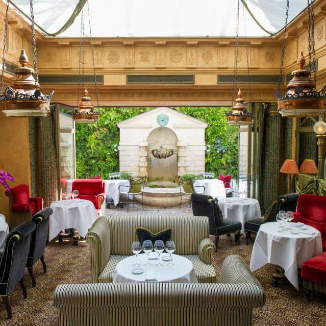 Le Restaurant De L 39 Hotel Paris 6e