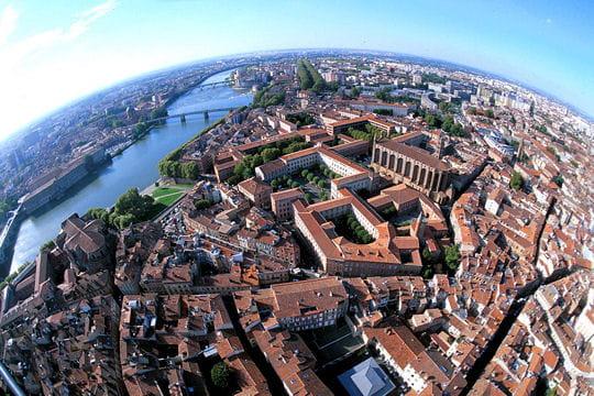 Toulouse voit la vie en rose