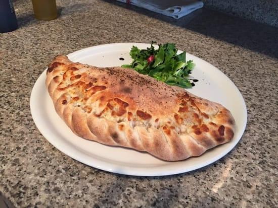 Plat : Pizzarella  - Calzone  -