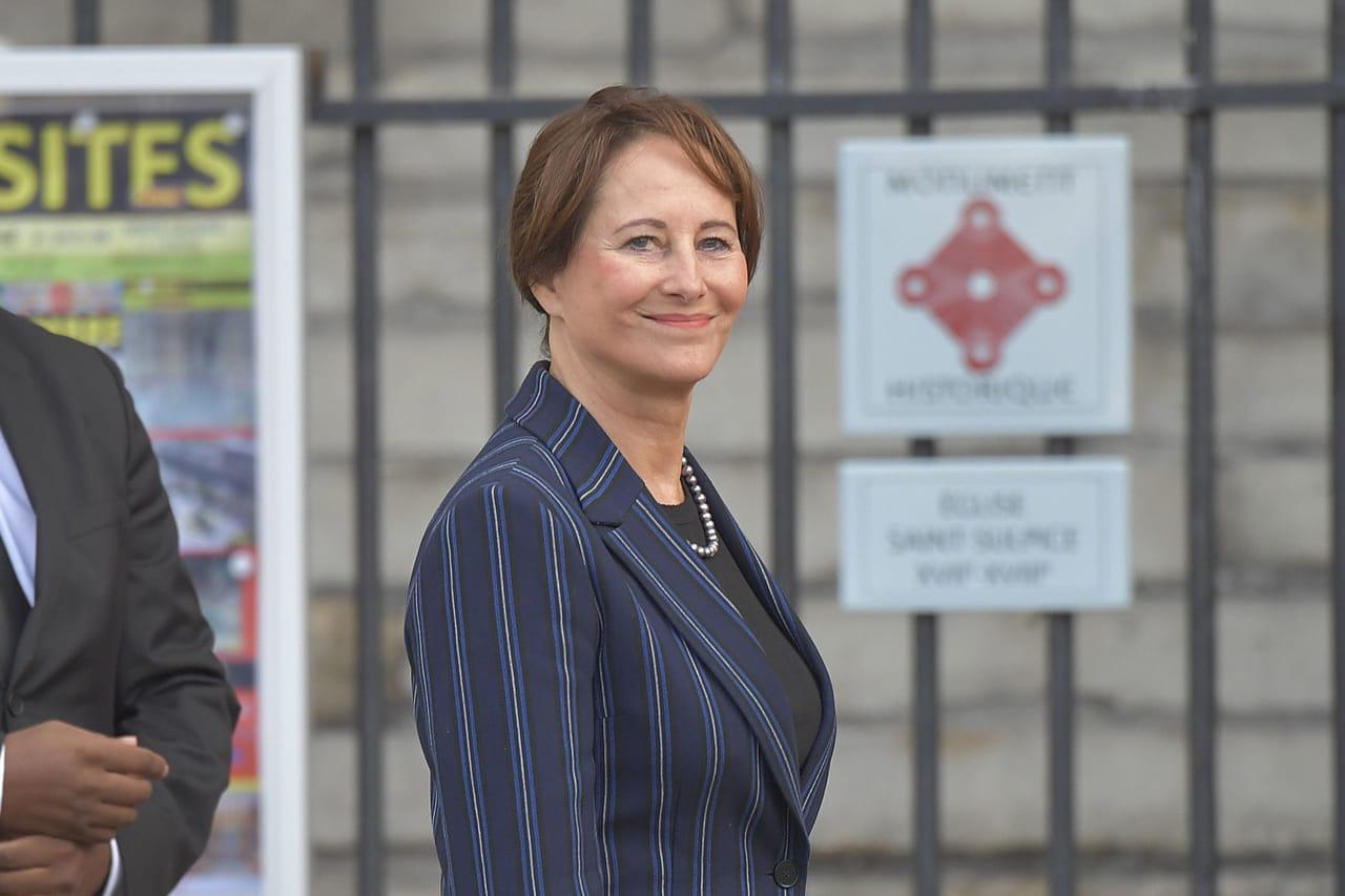 Ségolène Royal: licenciée de son poste d'ambassadrice des pôles, elle réagit