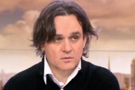 Charlie Hebdo: Riss visé par unahurissant appel au meurtre