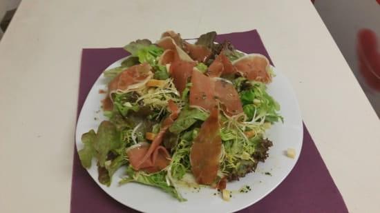 Au Nid Gourmand  - petite salade sympa -
