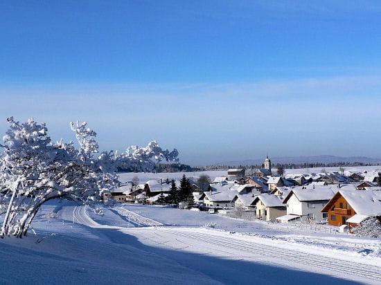 Village enneigé de Franche-Comté