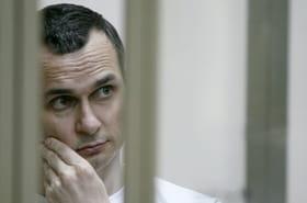 """Le cinéaste ukrainien Sentsov, emprisonné en Russie, dans un état """"très grave"""""""