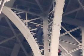 Tour Eiffel: qui est l'homme qui l'a escaladée et que s'est-il passé?