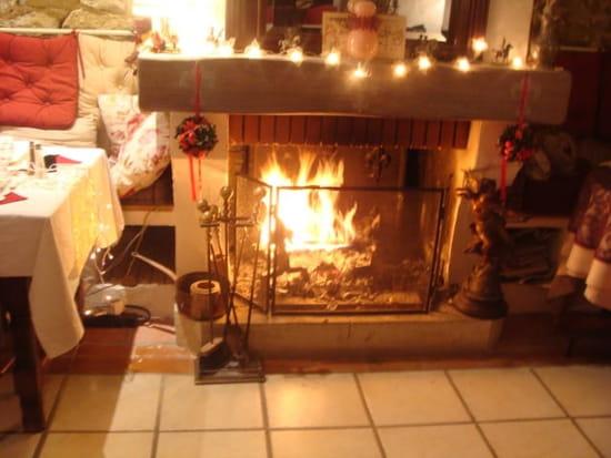 La Table Ronde des Chevaliers  - feux de cheminée -