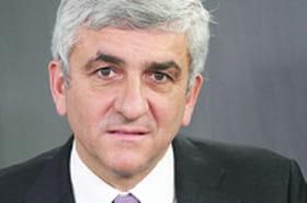 "Hervé Morin:""En cas de second tour Bayrou-Sarkozy, j'aurais uneinterrogation"""