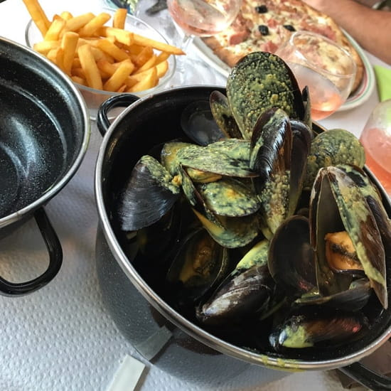 Plat : LE VESUVIO  - Moules curry -