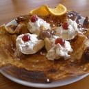 Les Blés d'Or  - pomme au four,crème de marron,chantilly -   © michel verdier