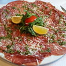Entrée : Portofino chez Gopi  - Carpaccio de boeuf accompagné de sa pizza blanche ou de frites -   © ChezGopi