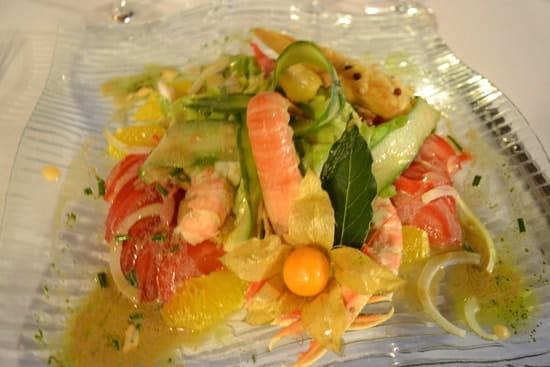 Auberge du Val d'Ornain  - Une salade composée délicieusement raffraîchissante -