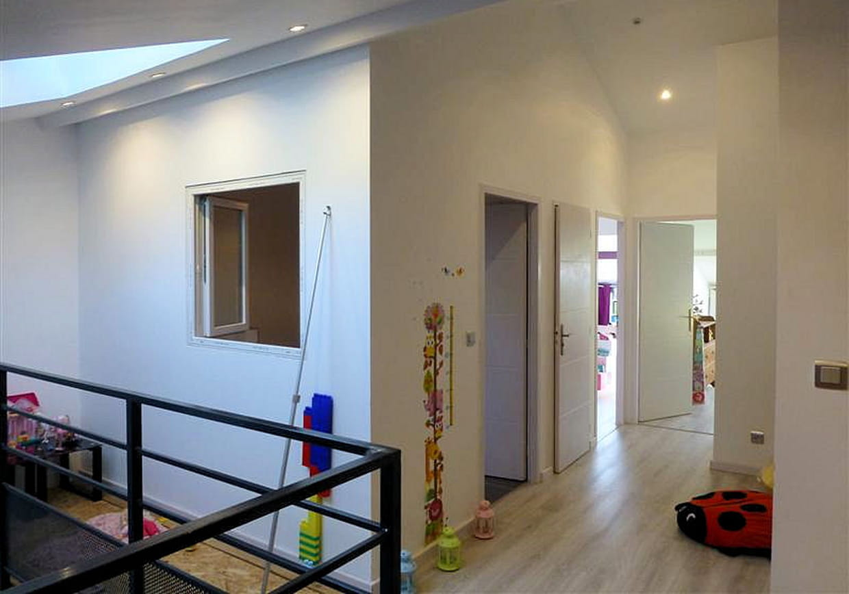 Un couvent transform en un bel appartement for L interieur d un couvent