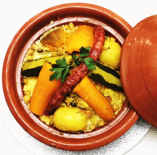 Restaurant : Grains de folie Couscous Caen  - couscous poulet merguez traditionnelle -   © Grains de folie