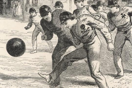 Avant Ebenezer Cobb Morley, à quoi ressemblait le foot? (spoil: c'était brutal)