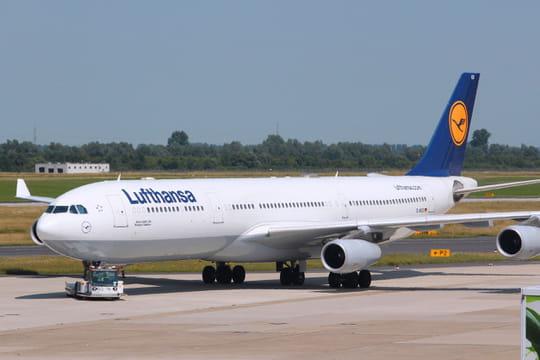 Lufthansa: la compagnie aérienne veut des tests PCR obligatoires avant l'embarquement