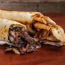 Plat : Mixette  - Shawarma poulet mariné et viande mariné avec pain traditionnel Saj Syrien -   © Shawarma traditionnel 100%