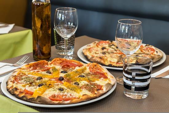 Café des Phocéens   © Pizza Arménienne