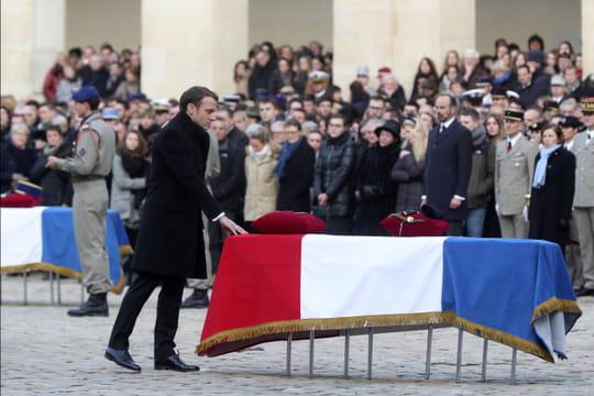 Hommage national rendu aux militaires morts: le discours de Macron